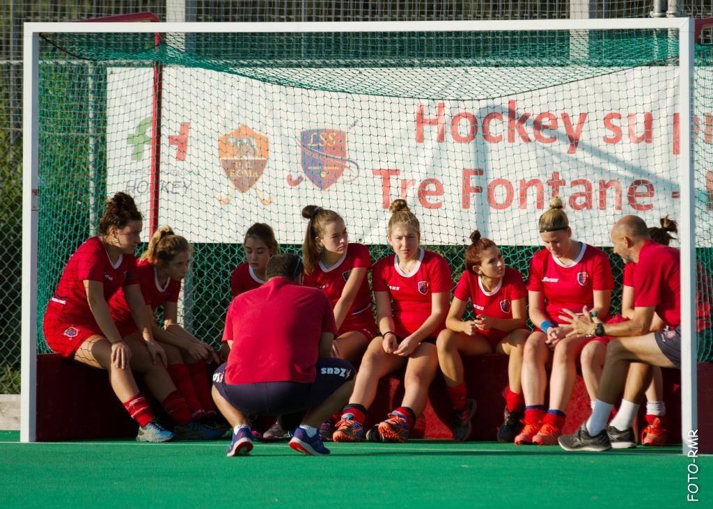 Coach Mongiano Catechizza Le Under A Fine Partita(foto Ruberti)